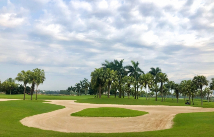 sân golf Đầm Vạc (Heron Lake Golf Course)
