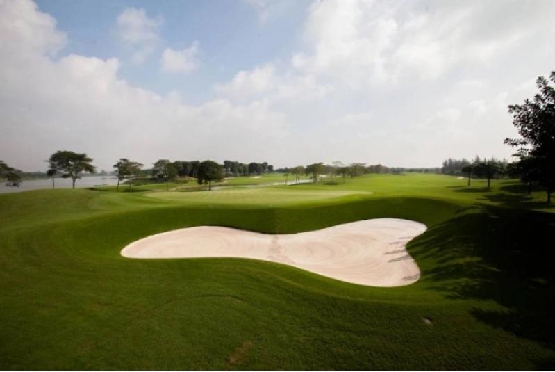 Giá Sân golf Vân Trì