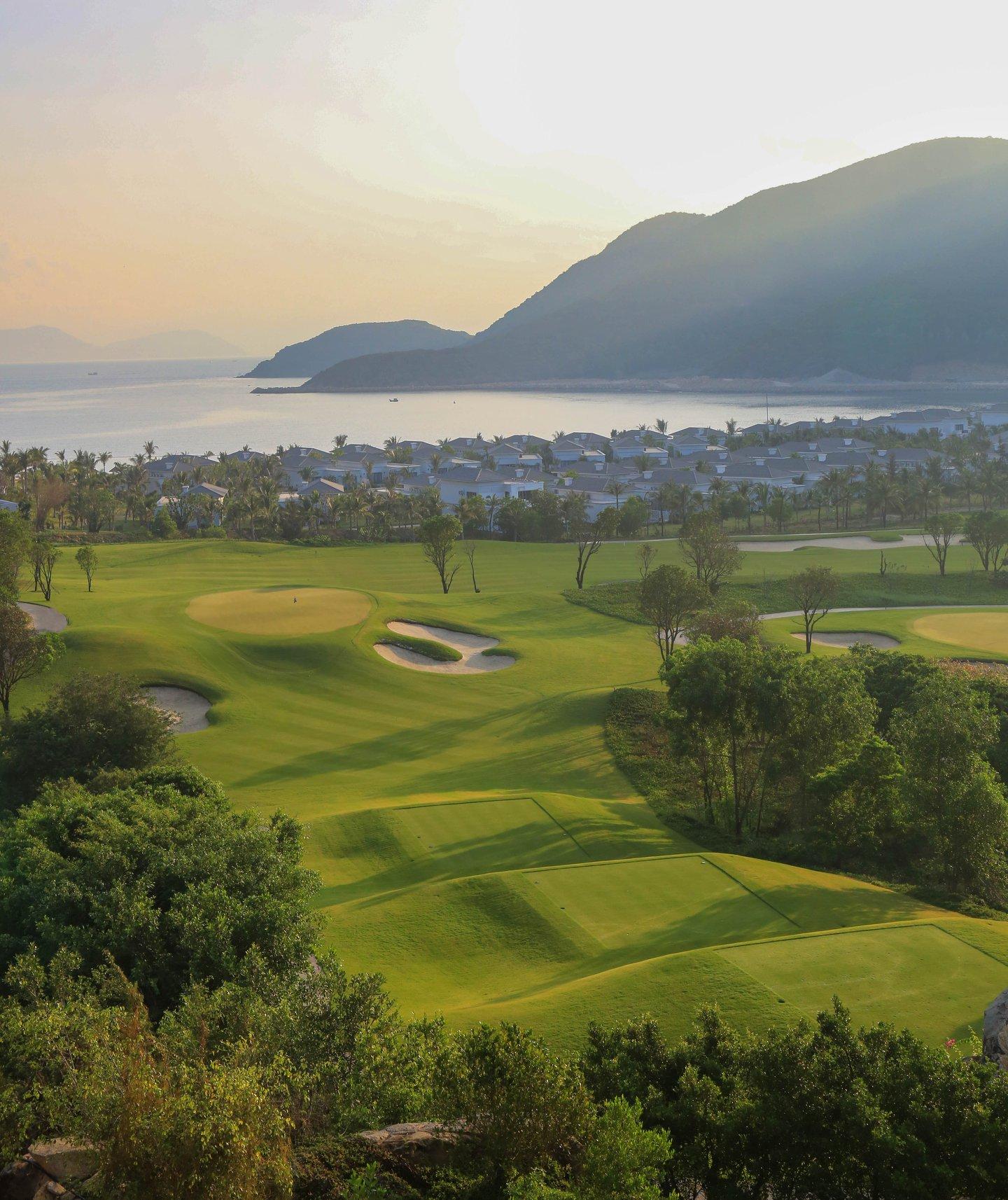 Sân gôn Vinpearl Golf Nha Trang