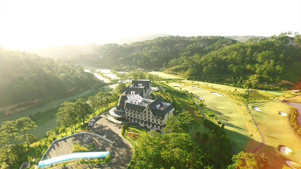 Bảng giá Sân golf Sacom Tuyền Lâm
