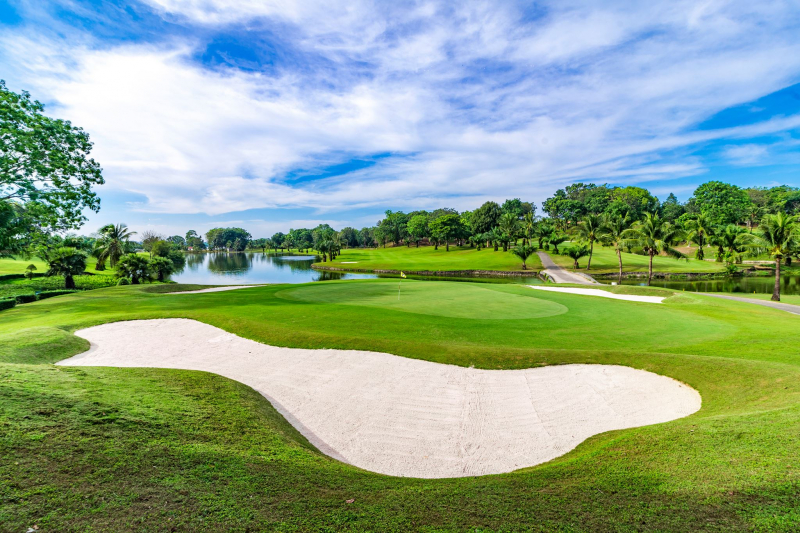 Bảng giá sân golf Đồng Nai - DongNai Golf Resort