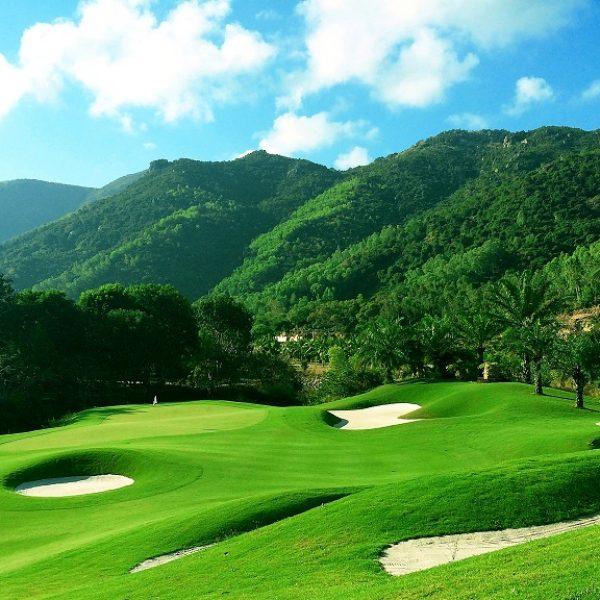 hinh san golf diamond bay
